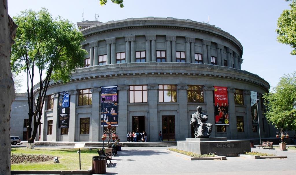 Oper Jerewan