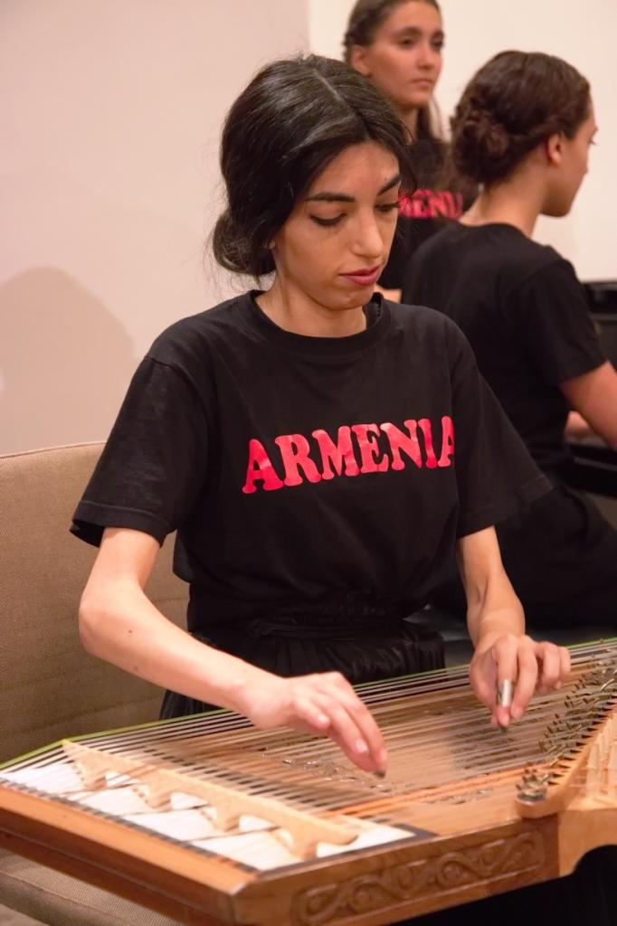 Gohar während einer Konzertreise in Deutschland 2019